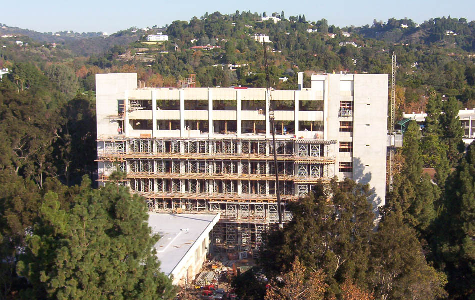 Building Type: Cast In Place Concrete Complete: August 2004. Client:  Swinerton Architect: Richard Meier U0026 Partners