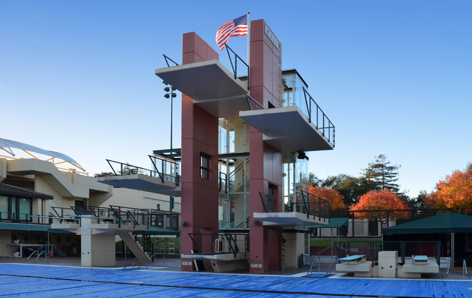 Stanford Avery Aquatics Dive Platform