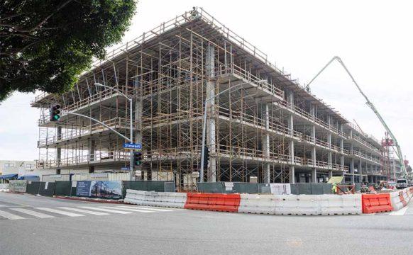 _0003s_0001_Santa Monica Gateway