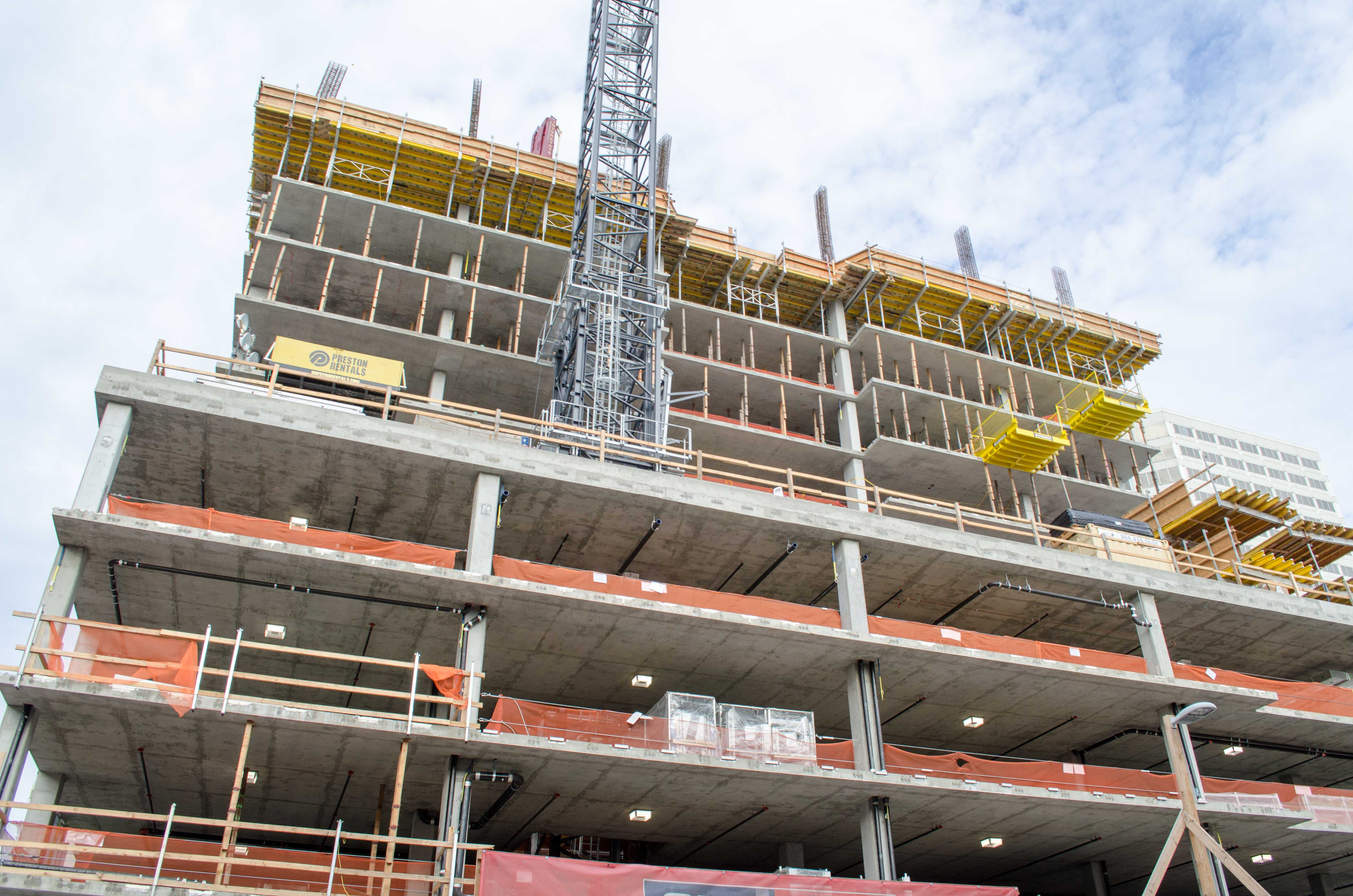 1700 Webster Tops Out In Oakland Largo Concrete Inc