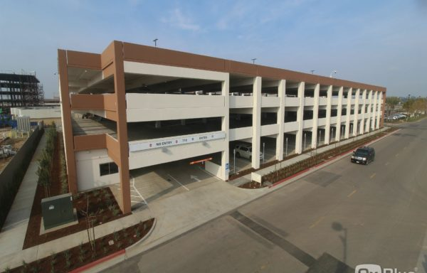 Clovis Medical Center Design-Build Parking Structure